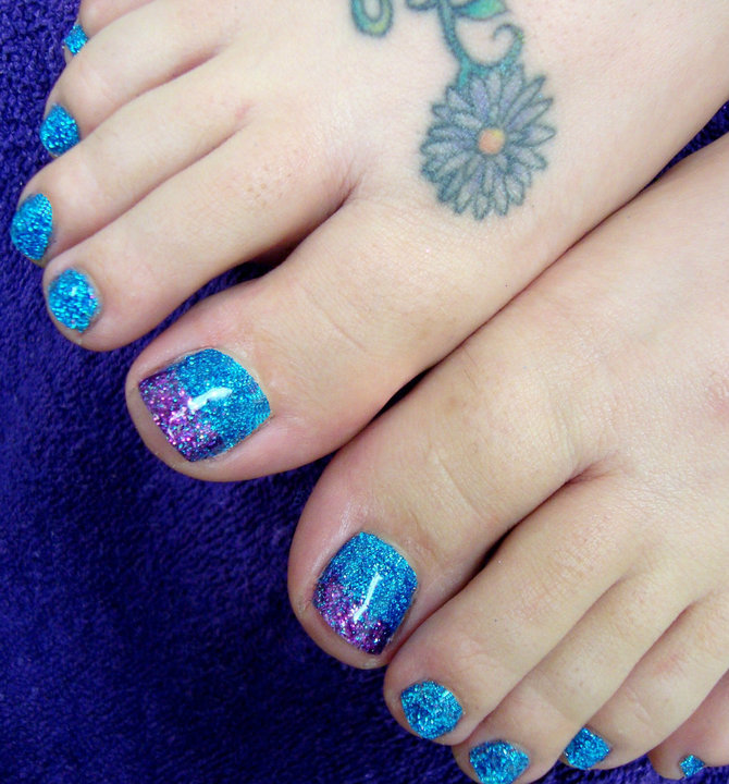 Hand Painted Nail Art Designs: Full Sets Glitter Toes Magic Manicure With Glitter Party